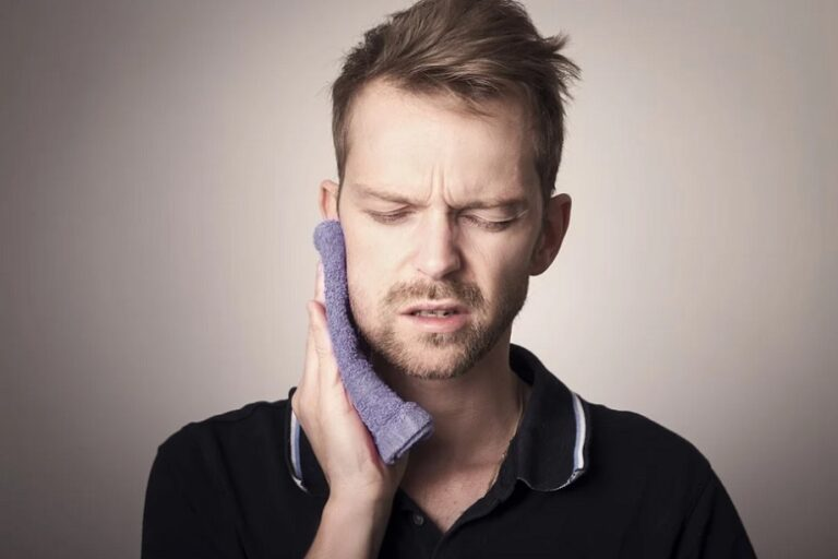 Tricks to Avoid Pain After Wisdom Teeth is Removed