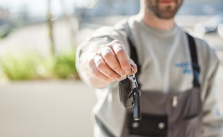 Car Sell with Car Removal Companies